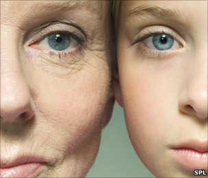 imbatranire piele intriseca
